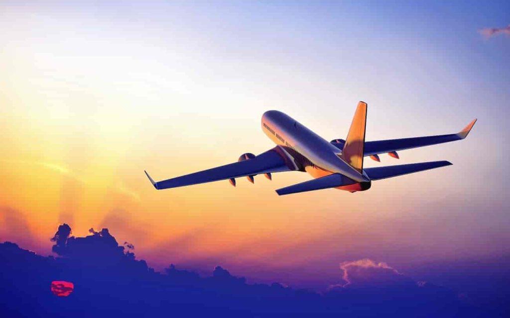 🛫 aeronave decolando